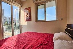 Спальня. Кипр, Санрайз Протарас : Современная вилла в 50 метрах от пляжа, с 3-мя спальнями, солнечной террасой с патио и барбекю, расположена у песчаного пляжа Sunrise