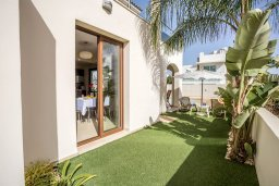 Территория. Кипр, Санрайз Протарас : Прекрасная вилла с 3-мя спальнями, с бассейном и солнечной террасой на крыше, расположена недалеко от пляжа Flamingo Bay