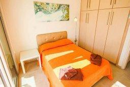 Спальня. Кипр, Санрайз Протарас : Современная вилла на побережье с 2-мя спальнями, солнечной террасой с патио и барбекю, расположена у песчаного пляжа Sunrise