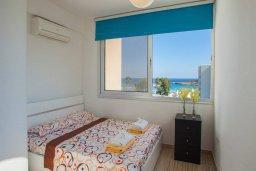 Спальня 2. Кипр, Фиг Три Бэй Протарас : Уютный апартамент с 3-мя спальнями и шикарным видом на море, в комплексе с общим бассейном