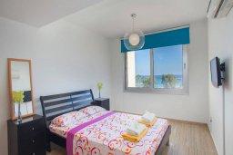 Спальня 3. Кипр, Фиг Три Бэй Протарас : Уютный апартамент с 3-мя спальнями и шикарным видом на море, в комплексе с общим бассейном