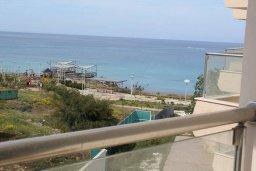 Вид на море. Кипр, Санрайз Протарас : Уютный апартамент с отдельной спальней и видом на море, в комплексе с большим общим бассейном