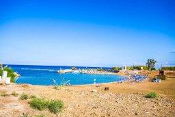 Ближайший пляж. Кипр, Пернера Тринити : Потрясающий апартамент на побережье, с 2-мя спальнями, с меблированной верандой и панорамным видом на море