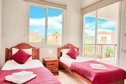 Спальня 3. Кипр, Корал Бэй : Прекрасная вилла с 3-мя спальнями, с бассейном, зелёным двориком и солнечной террасой с патио