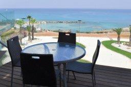 Балкон. Кипр, Каво Марис Протарас : Потрясающий апартамент с шикарным видом на море, гостиной и отдельной спальней, расположен на набережной Протараса