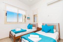 Спальня 3. Кипр, Пернера Тринити : Шикарная вилла с захватывающим видом на Средиземное море, с 3-мя спальнями, с бассейном, патио и барбекю, расположена в 100 метрах от пляжа