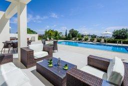 Патио. Кипр, Санрайз Протарас : Элегантная вилла с видом на море, с 4-мя спальнями, с большим бассейном и зелёной территорией, с патио, барбекю и баскетбольной площадкой