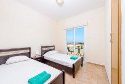 Спальня 2. Кипр, Каппарис : Роскошная вилла с видом на море, с 3-мя спальнями, с бассейном и солнечной террасой с патио и барбекю