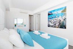 Спальня 2. Кипр, Каво Марис Протарас : Шикарный апартамент в 100 метрах от пляжа, с тремя спальнями, двумя ванными комнатами и балконом с шикарным видом на море