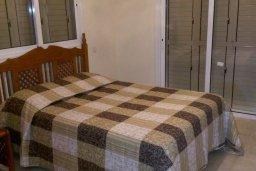Спальня. Кипр, Декелия - Ороклини : Двухэтажная вилла с двориком, 3 спальни, 3 ванные комнаты, Wi-Fi