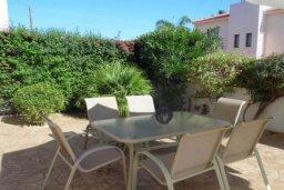 Терраса. Кипр, Пернера : Уютная вилла с видом на Средиземное море, с 3-мя спальнями, бассейном, зелёным двориком, патио, каменным барбекю и террасой на крыше