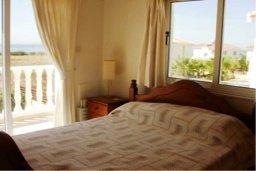 Спальня. Кипр, Сиренс Бич - Айя Текла : Восхитительная вилла с видом на море, с 3-мя спальнями, с бассейном, патио и барбекю