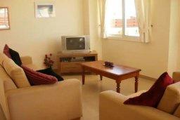 Гостиная. Кипр, Сиренс Бич - Айя Текла : Восхитительная вилла с видом на море, с 3-мя спальнями, с бассейном, патио и барбекю