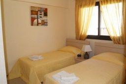 Спальня 3. Кипр, Каппарис : Апартамент с гостиной, тремя спальнями, двумя ванными комнатами и балконом, в комплексе с общим бассейном, Spa-центром и тренажерным залом
