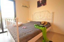 Спальня. Кипр, Каппарис : Уютная вилла с 2-мя спальнями, с бассейном и тенистой террасой с патио, расположена в 280 метрах от пляжа Firemans Beach