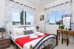 Спальня. Кипр, Санрайз Протарас : Прекрасная вилла с 2-мя спальнями, с бассейном и солнечной террасой с патио и барбекю, расположена в тихом районе Протараса