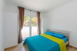 Спальня. Кипр, Декелия - Ороклини : Апартамент с гостиной, двумя спальнями, двумя ванными комнатами и террасой