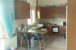 Кухня. Кипр, Гермасойя Лимассол : Прекрасный мезонет в комплексе с бассейном, 3 спальни, приватный дворик, парковка, Wi-Fi