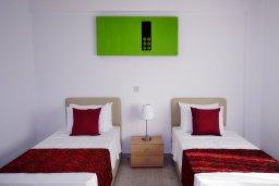 Спальня 2. Кипр, Си Кейвз : Роскошная вилла класса люкс, с 5-ю спальнями, с бассейном, зелённым двориком, барбекю и винным погребом