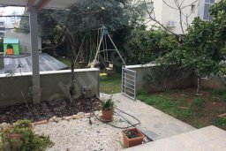 Территория. Кипр, Гермасойя Лимассол : Уютный таунхаус с общим бассейном и приватным двориком, 3 спальни, 2 ванные комнаты, барбекю, парковка, Wi-Fi