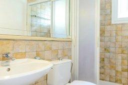 Ванная комната. Кипр, Каво Марис Протарас : Уютная вилла с 3-мя спальнями, с бассейном, тенистой террасой с патио и барбекю