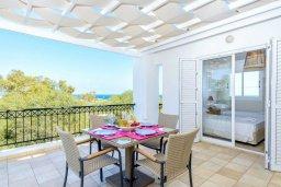 Балкон. Кипр, Каво Марис Протарас : Уютная вилла с 3-мя спальнями, с бассейном, тенистой террасой с патио и барбекю