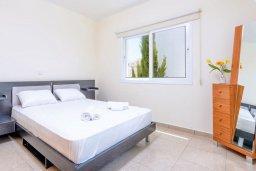 Спальня 2. Кипр, Коннос Бэй : Превосходная вилла с 3-мя спальнями, с бассейном и солнечной террасой с патио и барбекю