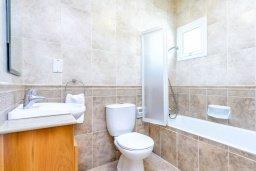 Ванная комната 3. Кипр, Коннос Бэй : Превосходная вилла с 3-мя спальнями, с бассейном и солнечной террасой с патио и барбекю