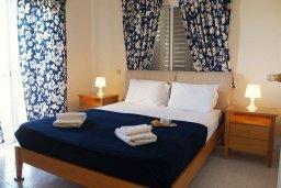 Спальня. Кипр, Санрайз Протарас : Прекрасная вилла с 2-мя спальнями, с просторным внутренним двориком с патио и барбекю