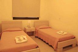 Спальня 3. Кипр, Каппарис : Комфортабельный таунхаус с 3-мя спальнями, в комплексе с бассейном, тренажерным залом и теннисным кортом
