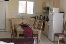 Кухня. Кипр, Каппарис : Современный апартамент с 3-мя спальнями, уютным балконом, в комплексе с бассейном и детской площадкой