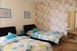 Спальня 2. Кипр, Ларнака город : Апартамент в комплексе в бассейном, с гостиной, двумя спальнями и патио