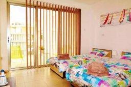 Спальня 2. Кипр, Ларнака город : Великолепный пентхаус в комплексе в бассейном, с гостиной, двумя спальнями, двумя ванными комнатами и большим балконом