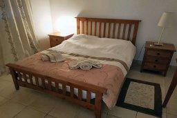 Спальня 3. Кипр, Пафос город : Апартамент в комплексе с 2-мя бассейнами и зеленой территорией, с гостиной, тремя спальнями, двумя ванными комнатами и балконом