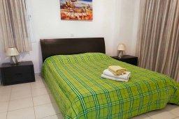 Спальня 3. Кипр, Пафос город : Пентхаус в комплексе с 2-мя бассейнами и зеленой территорией, с гостиной, тремя спальнями, двумя ванными комнатами и большой террасой