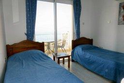 Спальня 2. Кипр, Си Кейвз : Прекрасная вилла с бассейном и видом на море, 3 спальни, 3 ванные комнаты, парковка, Wi-Fi