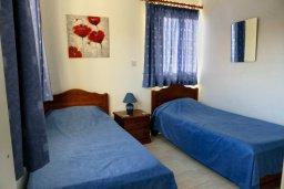 Спальня 3. Кипр, Си Кейвз : Прекрасная вилла с бассейном и видом на море, 3 спальни, 3 ванные комнаты, парковка, Wi-Fi