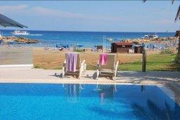 Бассейн. Кипр, Пернера : Роскошная пляжная вилла с 4-мя спальнями, с бассейном и барбекю, расположена в идиллическом районе Пернера