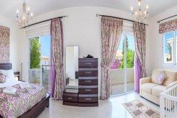 Кипр, Каппарис : Прекрасная вилла с 3-мя спальнями, с бассейном и приватным двориком с патио и барбекю