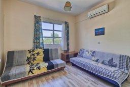 Гостиная. Кипр, Дасуди Лимассол : Мезонет 4 спальни, 3 ванные комнаты, парковка