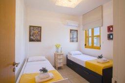 Спальня 2. Кипр, Санрайз Протарас : Очаровательный коттедж в традиционном греческом стиле с 2-мя спальнями, уютным двориком с патио, расположен на холме Ayios Elias