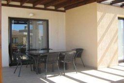 Терраса. Кипр, Полис город : Милая вилла с видом на море, с 3-мя спальнями, с бассейном и зелёным двориком с патио и барбекю