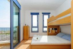 Спальня 3. Кипр, Сиренс Бич - Айя Текла : Потрясающая вилла на побережье Средиземного моря с 4-мя спальнями, с бассейном, тенистой террасой с патио и барбекю
