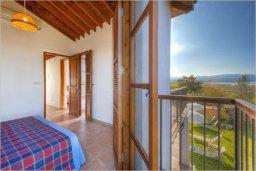 Спальня 2. Кипр, Полис город : Роскошная вилла с бассейном в 40 метрах от пляжа, 2 спальни, 3 ванные комнаты, барбекю, парковка, Wi-Fi