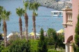 Вид на море. Кипр, Св. Рафаэль Лимассол : Превосходные современные апартаменты с 4-мя спальнями в 50-ти метрах от моря с потрясающим панораманым видом на море для 8-ми человек