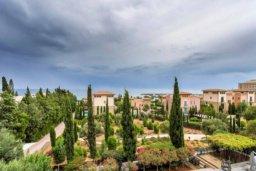 Территория. Кипр, Св. Рафаэль Лимассол : Современная 2 спальная квартира с роскошным видом на море рядом с отелем Св. Рафаэль для 4-х гостей