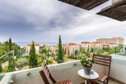 Вид на море. Кипр, Св. Рафаэль Лимассол : Современная 2 спальная квартира с роскошным видом на море рядом с отелем Св. Рафаэль для 4-х гостей