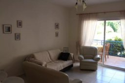 Гостиная. Кипр, Гермасойя Лимассол : Апартаменты с 2-мя отдельными спальнями в комплексе с бассейном для 5-ти гостей