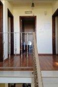 Коридор. Кипр, Перволия : Прекрасная вилла с бассейном и двориком, 4 спальни, 2 ванные комнаты, парковка, Wi-Fi