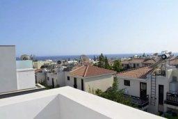 Вид на море. Кипр, Св. Рафаэль Лимассол : Современная вилла в стиле Hi-Tech с 4-мя отдельными спальнями для 8-ми гостей в престижном районе Лимассола.